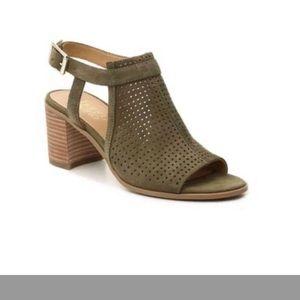 NIB-Franco Sarto Suede Block Heel Sandals